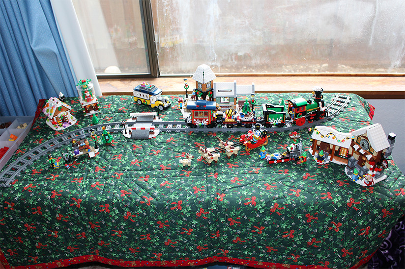 Lego Santa Village 2017